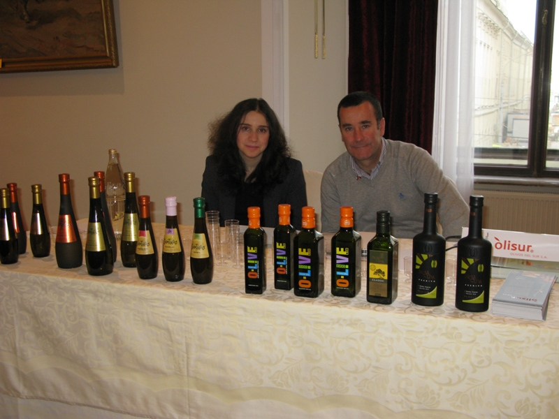 15 Ermanok_Olisur_Salon de aceites
